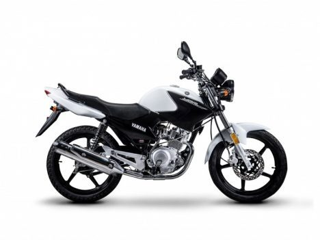 moto de autoescuela Mora
